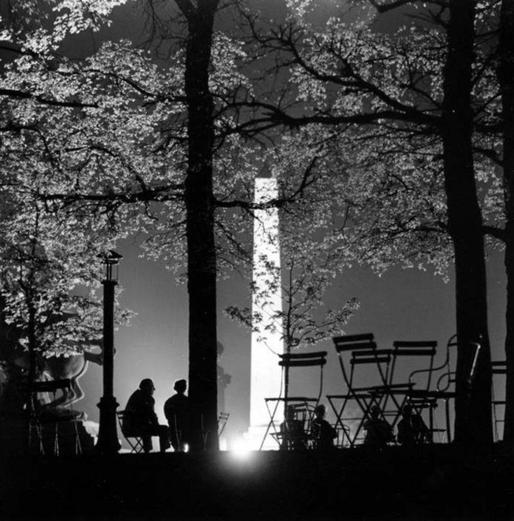 Nuit d'été place de la Concorde par Kees Sherer