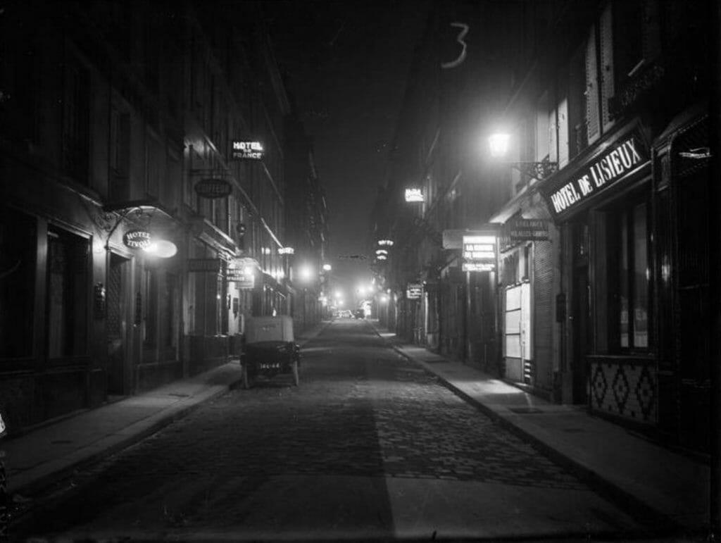 Rue de Budapest Paris, photo d'André Kertész
