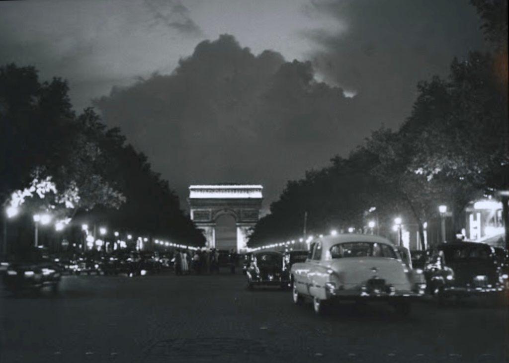 Champs Elysées de Sabine Weiss
