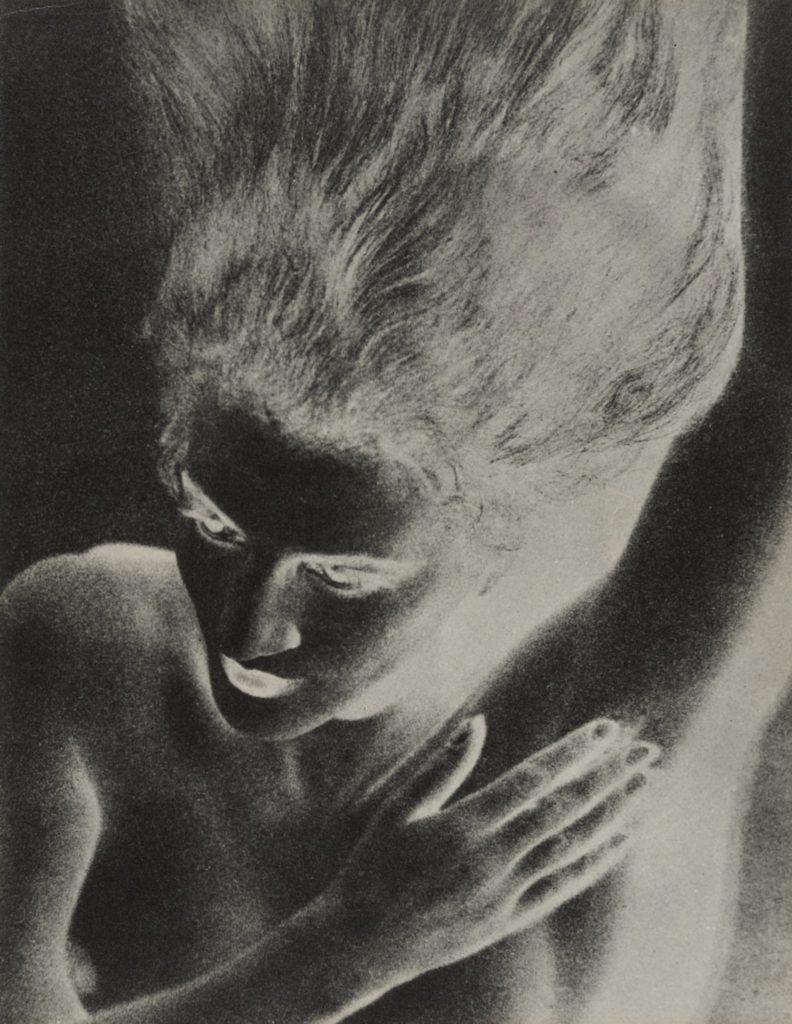 Jacqueline par Man Ray