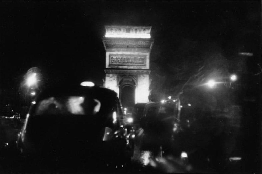 Place de l'Étoile Paris par Elliott Erwitt