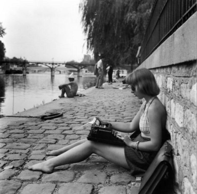 La dactylographe, Paris par Robert Doisneau